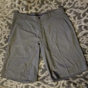 Nike tiger woods collection golf shorts